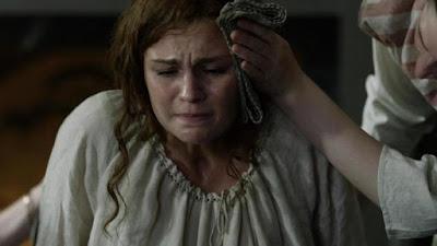Brianna da a luz en el último capítulo de la cuarta temporada de Outlander