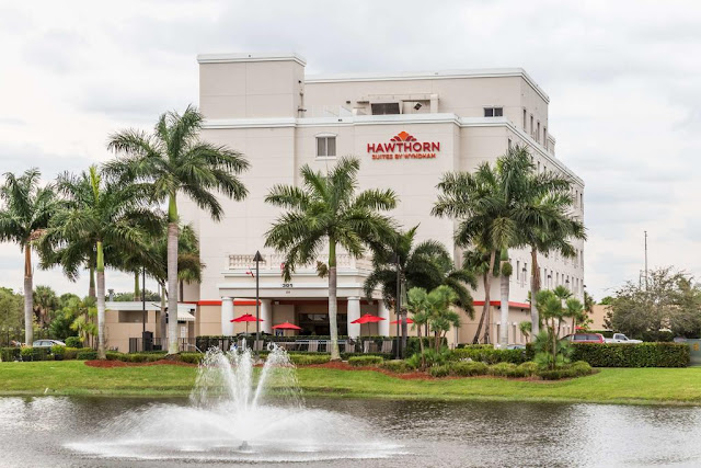 Hawthorn Suites by Wyndham West Palm Beach is conveniently located just off I-95 on Lamberton Drive. Enjoy the comfortable suites and amenities!