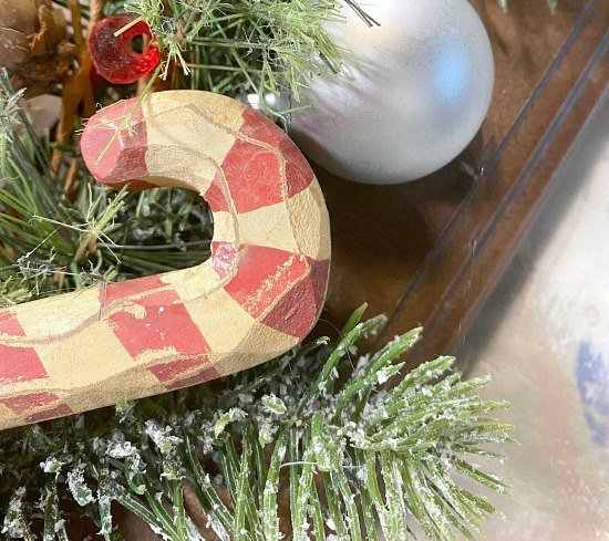 Easy Repurposed Cabinet Door Christmas Wreath