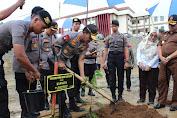 Gelorakan Penghijauan, Kapolri Jenderal Idham Azis Tanam Pohon di Sulbar