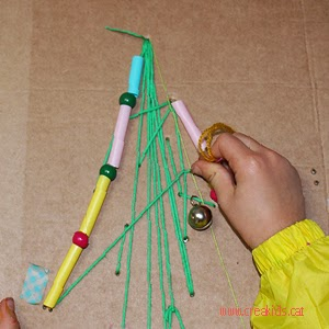 CreaKids: Cosemos el Árbol de Navidad