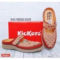 sandal kickers wanita