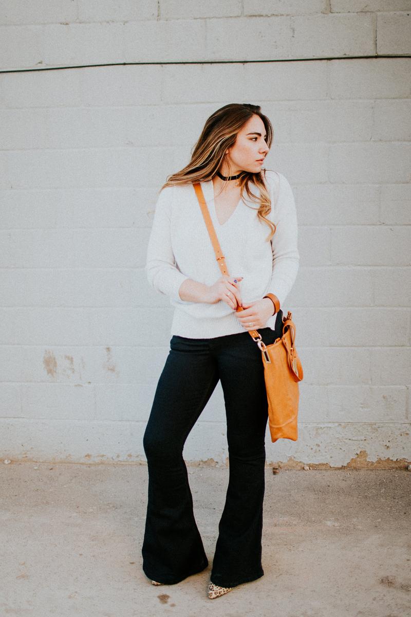 barri hand bag, tan saddle bag, over the shoulder bag