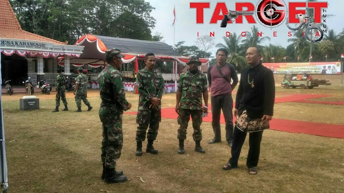 Dandim 0718 Pati Meninjau Kesiapan Penutupan TMMD di Desa Karangsari Dengan Pakaian Adat Jawa