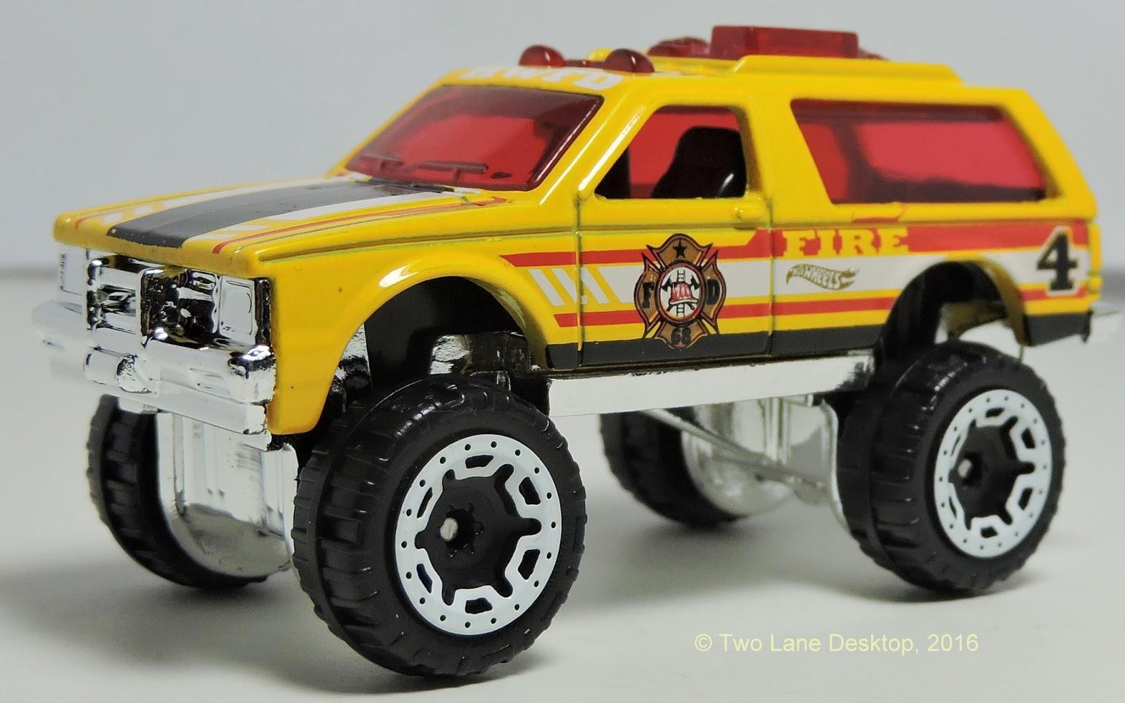 Two Lane Desktop Hot Wheels Chevy Blazer 4x4