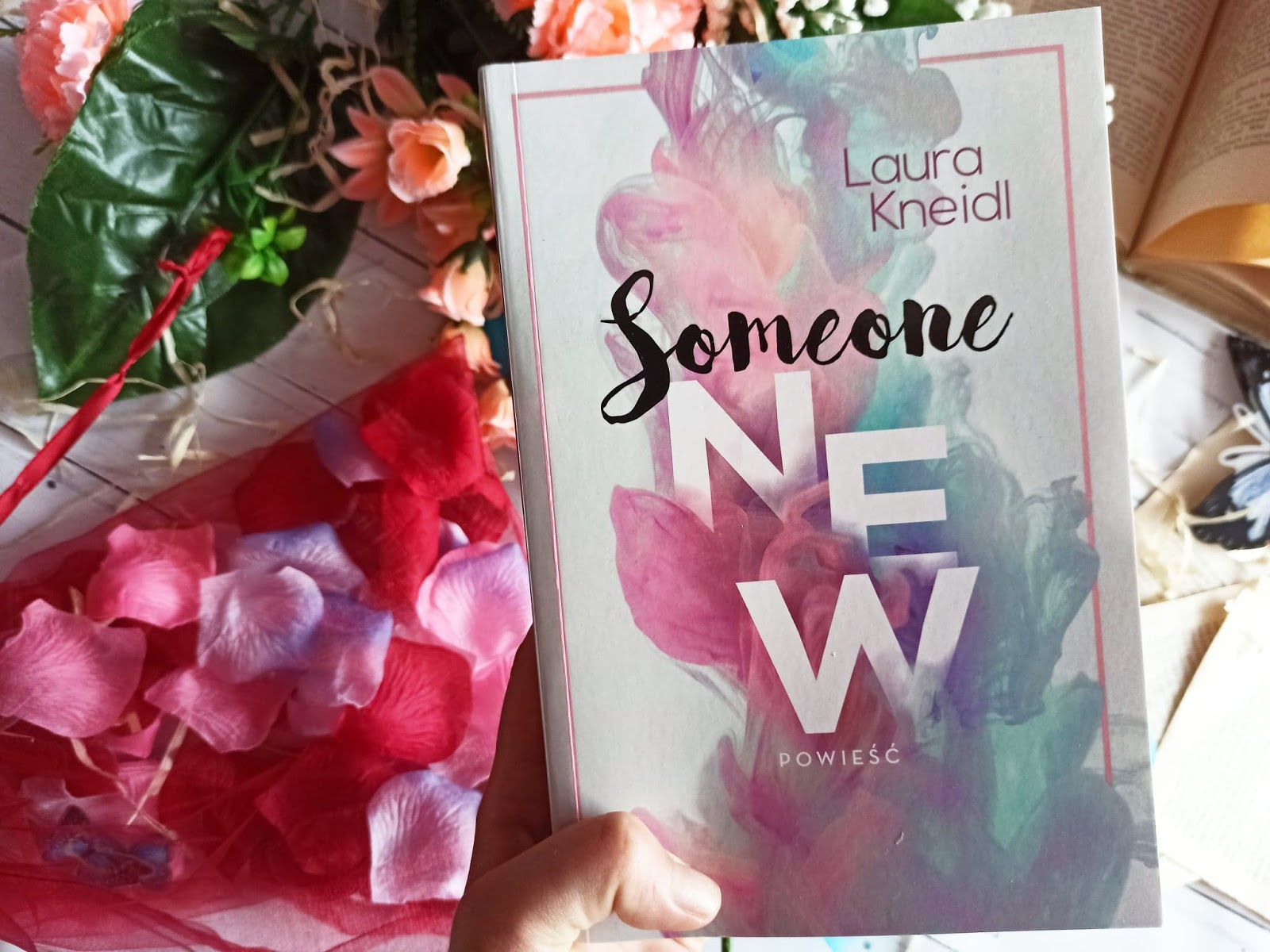 """Someone new"" - Laura Kneidl"