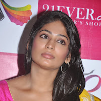 Vijaylakshmi photos in saree at 21 ever fashioner shopping launch