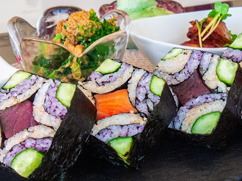 Sushi Art Roll & Japanese Cooking
