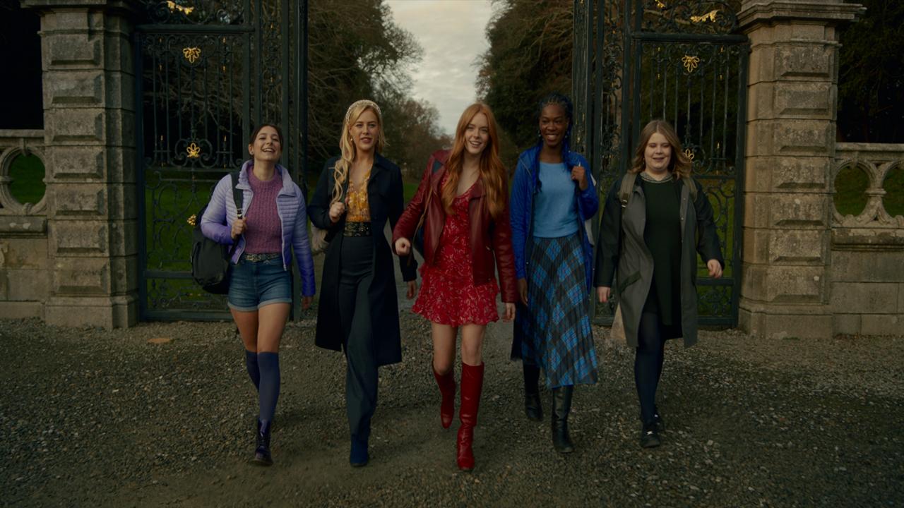 Fate The Winx Saga terá seis episódios sobre a jornada mágica de cinco fadas adolescentes será lançada em janeiro de 2021 na Netflix!