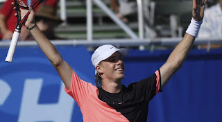 Shapovalov beats Fritz at the Delray Beach Open