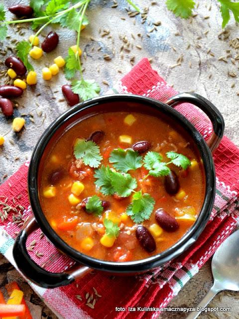 zupa meksykanska z mięsem mielonym , mielona wołowina , zupy , warzywa , danie jednogarnkowe , kuchnia meksykańska , tex-mex , kuchnie świata , obiad