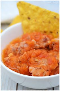 Tinga de pollo con chorizo y chipotle - Fácil-receta con falda- Mini tostadas con tinga de longaniza - Totopos con Tinga de Longaniza. Receta fácil- TOSTADAS DE TINGA DE LONGANIZA-