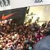 Απίστευτες σκηνές σε κατάστημα της Θεσσαλονίκης (video)