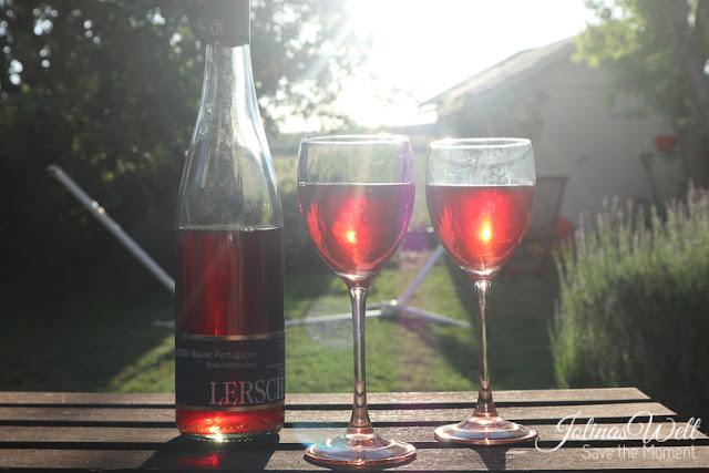 Rose Wein bei Sonnenuntergang