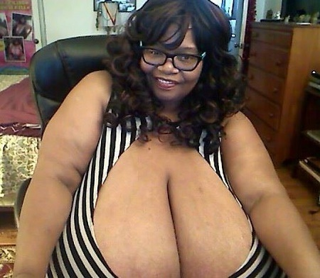 OMG!!! Meet the Woman with World's Largest Natural Breasts Making Million