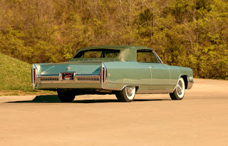 1966 Cadillac Eldorado Cabriolet Green Rear Right