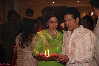 Sachin Tendulkar with his wife at Mata ka Jagrata hosted by Anu Malik 09.JPG