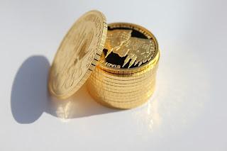 Emas sebagai Uang dan Standar Emas Baru dalam Keuangan Islam