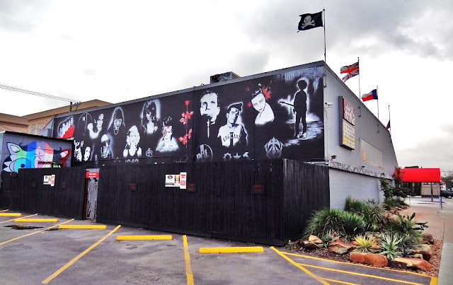 Musician mural on West-facing side wall of Numbers Night Club in Montrose (Dec 2015 photo)
