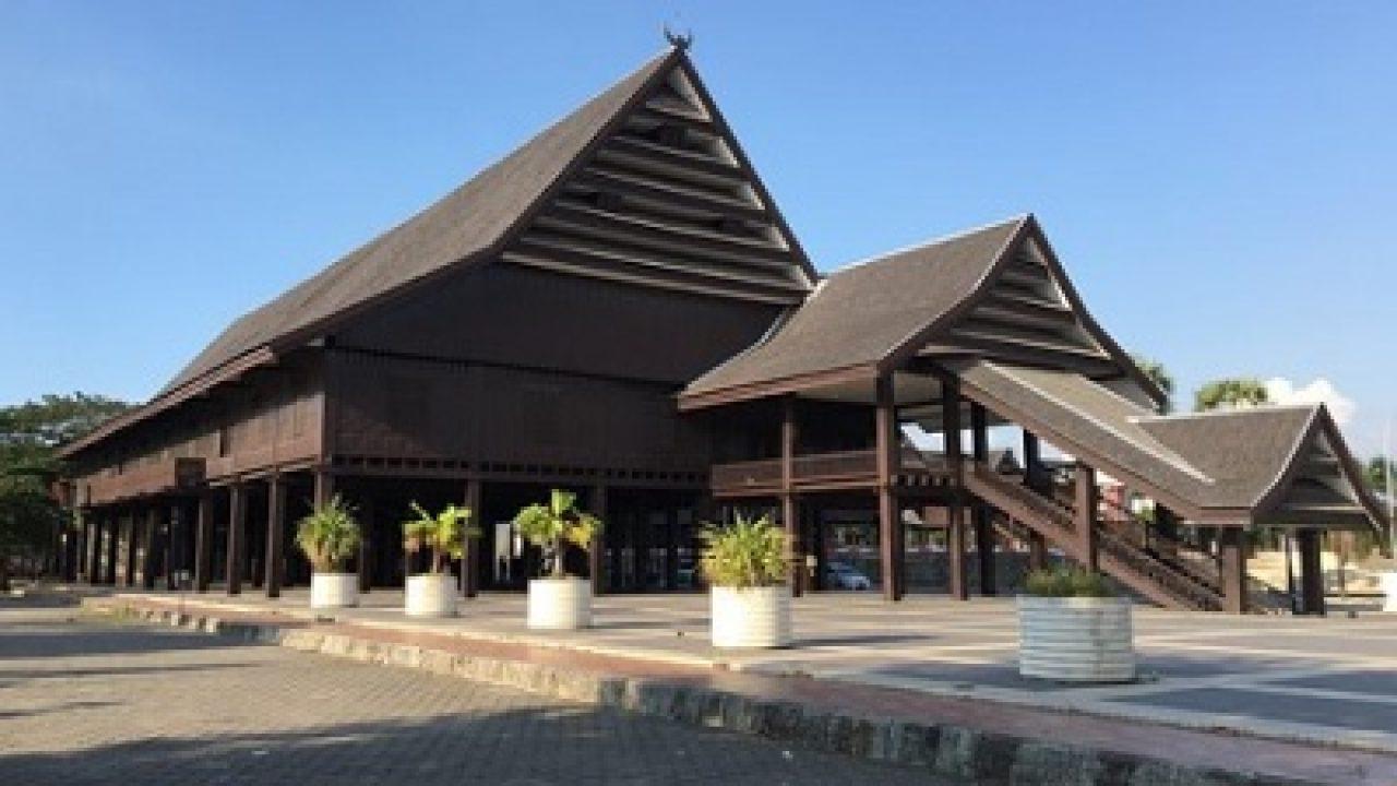 Istana Balla Lompoa