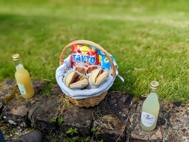 West Cork Ireland - Picnic at Bantry House and Gardens