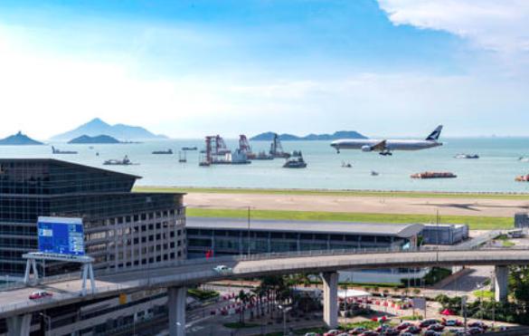 Otoritas Bandara Hong Kong Akan Jadwal Ulang Penerbangan Yang di Batalkan Hari Ini Mulai Selasa pagi