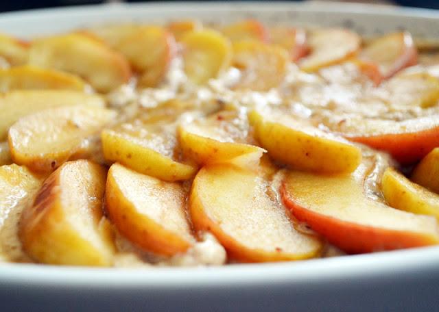 Apfel-Nuss-Vollkornkuchen (c) zuckerstaub.at