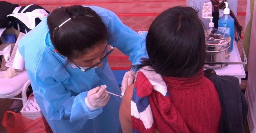 DIRESA Cusco inmuniza contra la papera a cerca de 12 mil escolares