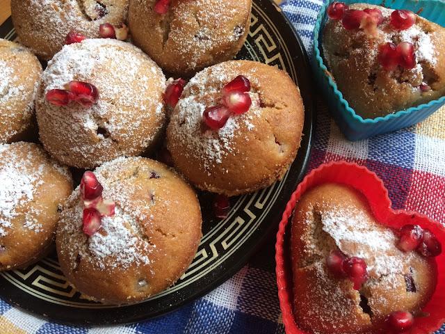 Muffinki z granatem
