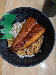 くら寿司、すしやのうな丼