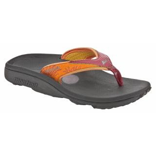 9cdd7f88f Thermo-moldable sandals made of cushy low density foam that feel light