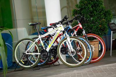 fasilitas sewa sepeda di Batiqa Hotel Karawang