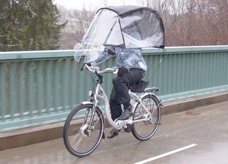 Paraguas y bicicleta