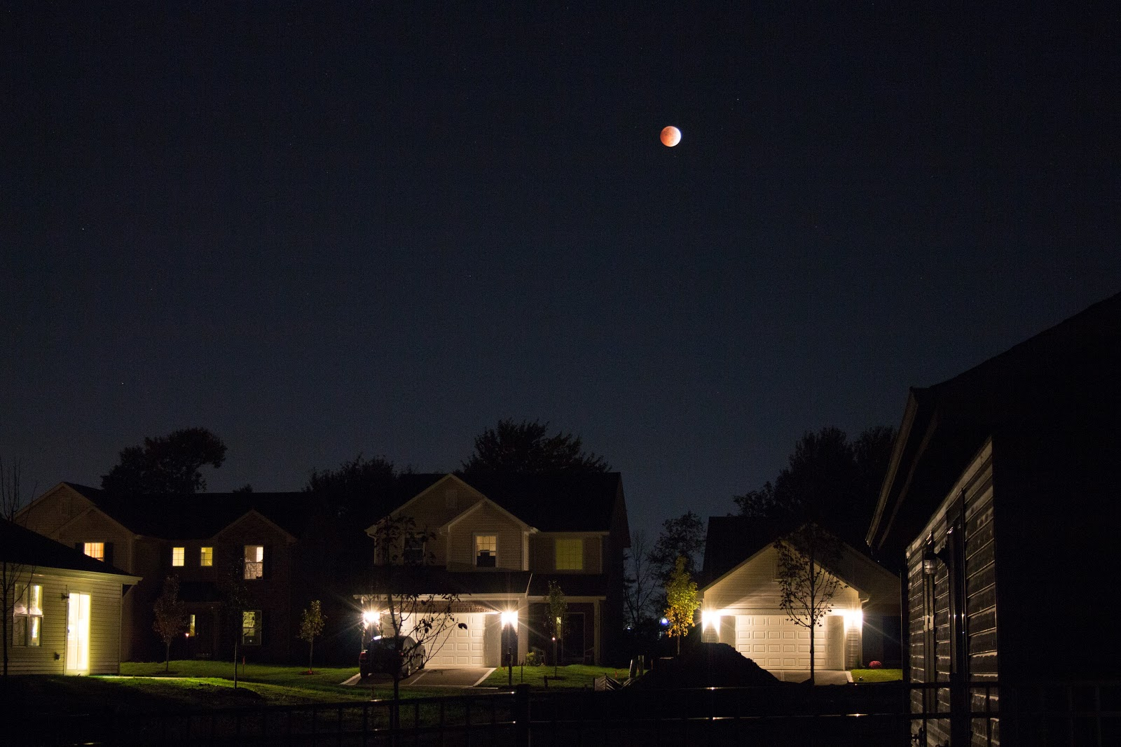 wide angle lunar eclipse