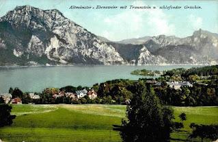 Altmünster-Ebenzweier mit Traunstein und schlafender Griechin