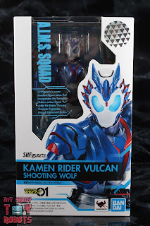 SH Figuarts Kamen Rider Vulcan Shooting Wolf Box 01