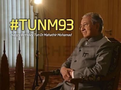 Mahathir Mohamad Menolak Pemberian Kado dan Hanya Ingin Menerima Ucapan 'Happy Birthday' di Ulang Tahunnya