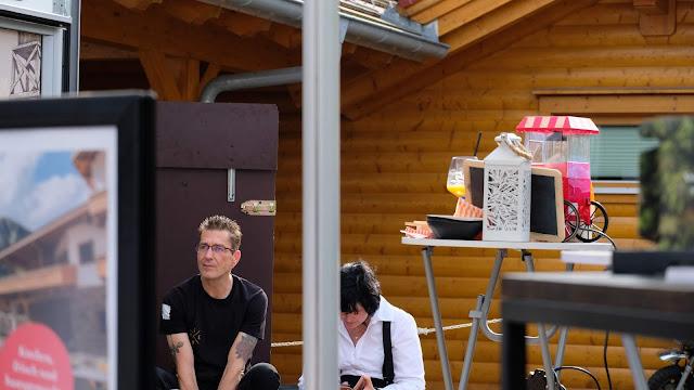 Marcus Herbst, Uschi Glas, Sommer-CocktailNacht 4.0, Cocktailnight, 4Eck Garmisch-Partenkirchen, Peter Laffin, Uschi Glas, Sven Karge, WNDRLX, PURE Resort Pitztal, Tirol, Nacht der Freundschaft
