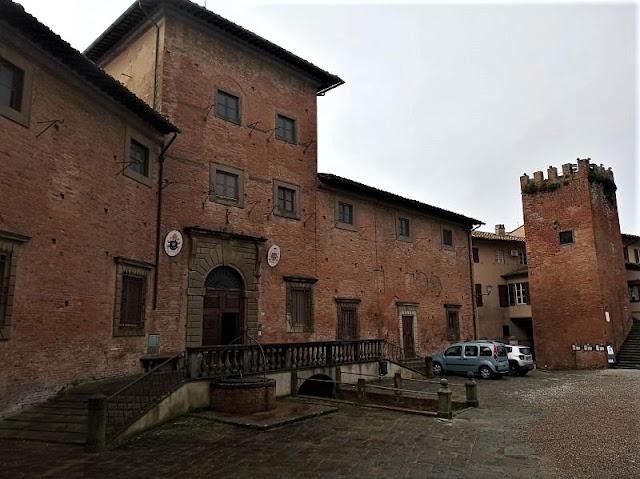 palazzo vescovile di san miniato