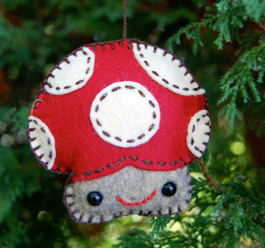 Merry Mushroom  Felt Ornament Tutorial & Pattern