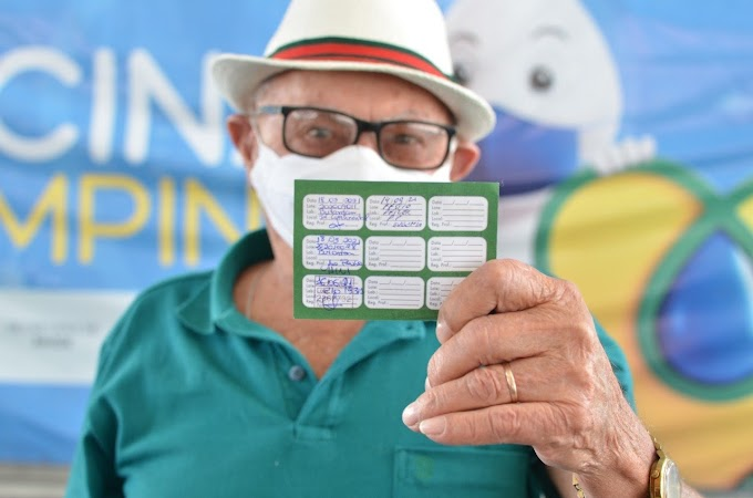 COVID-19: Secretaria de Saúde aplica terceira dose de vacina em idosos de 84 anos acima, nesta quarta-feira