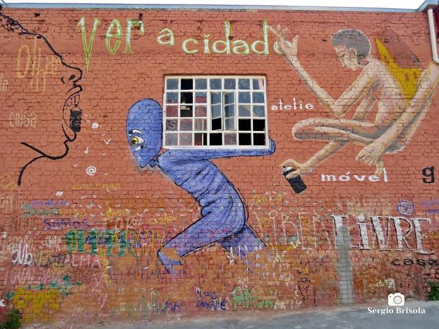 Vista de um curioso e criativo Grafite na Pompeia - São Paulo