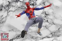 MAFEX Spider-Man (Peter B Parker) 37