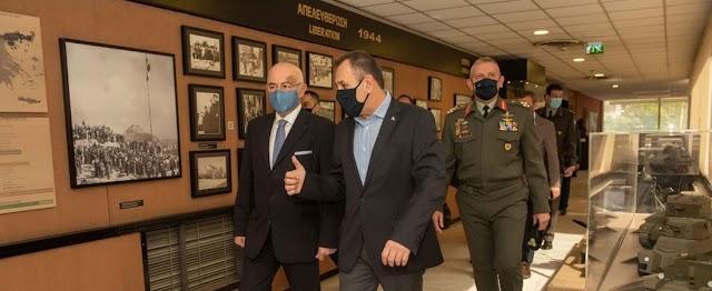 ΥΕΘΑ-ΥΦΕΘΑ-Α/ΓEΕΘΑ στο Πολεμικό Μουσείο-Ενημερώθηκαν από τον Πρόεδρό του κ. Λιάσκο (ΦΩΤΟ)