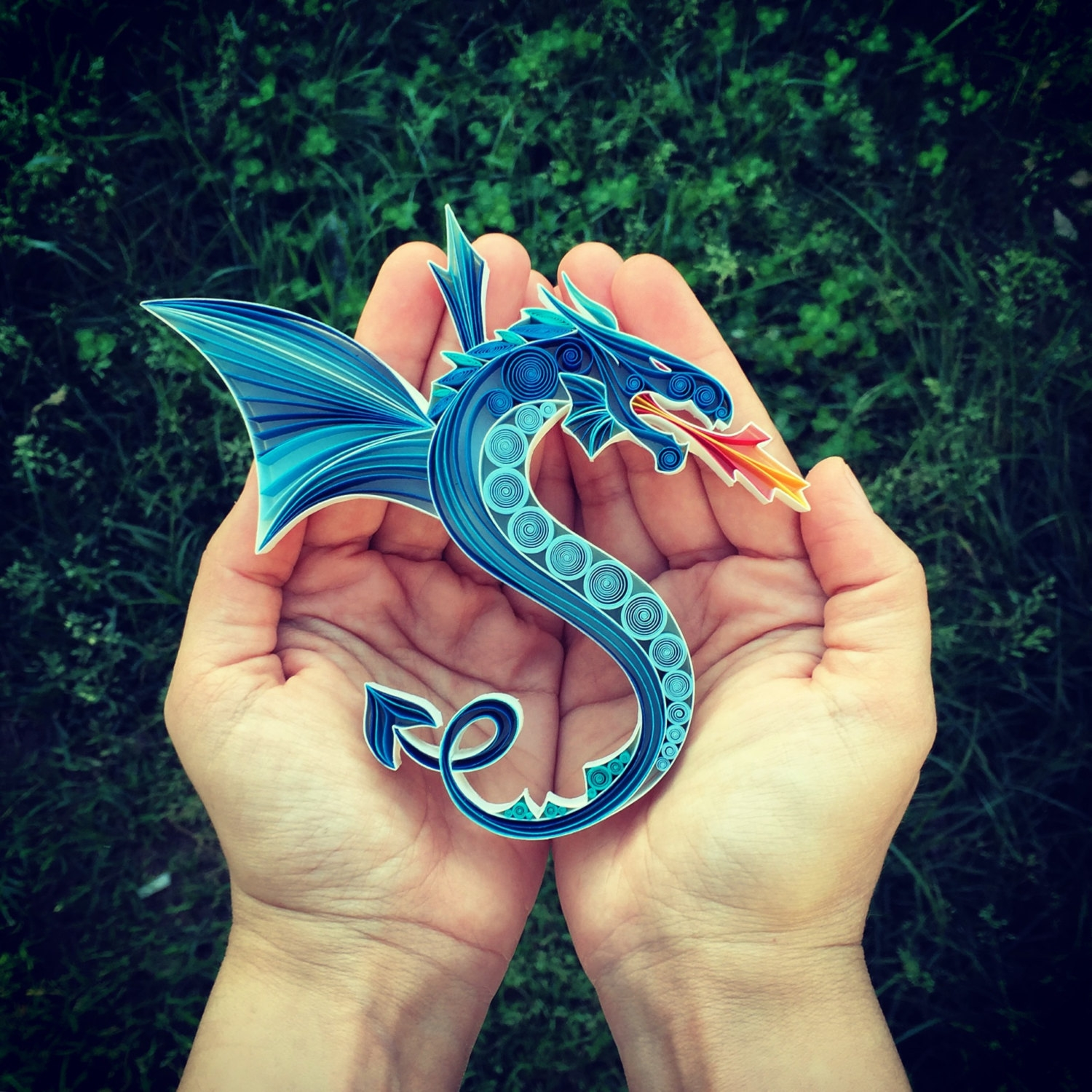 01-Fire-Breathing-Dragon-Sena-Runa-Beautiful-Designs-Accomplished-with-Paper-Quilling-Art-www-designstack-co