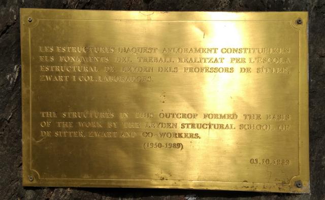 Placa d'homenatge als geològes