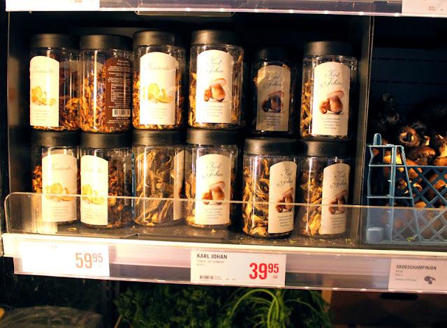 Svenskehandel Stromstad Mat Tørket Steinsopp Kantarell Veganmat Harryhandel Guide Til Veganmat På Grensa Veganmisjonen