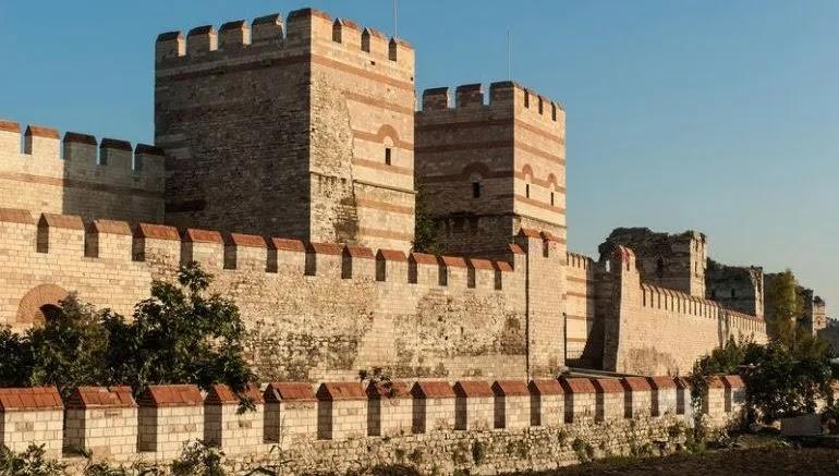 Peran dua Ulama Rabbani atas Kesuksesan Muhammad Al Fatih dalam Penaklukkan Konstantinopel