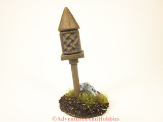Miniature wooden shrine T1563 for 25-28mm scale games - front view.