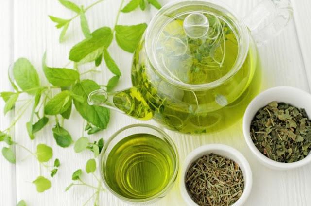Teh hijau menumbuhkan rambut rontok tanpa efek samping